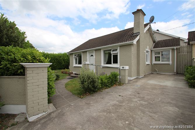 Main image for Loretto, Graball Bay Road, Crosshaven, Cork