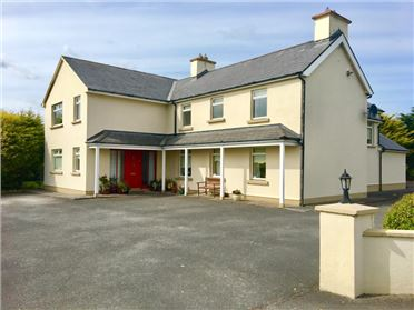 Main image of Teach an Phiobaire, Laharn, Tralee, Kerry