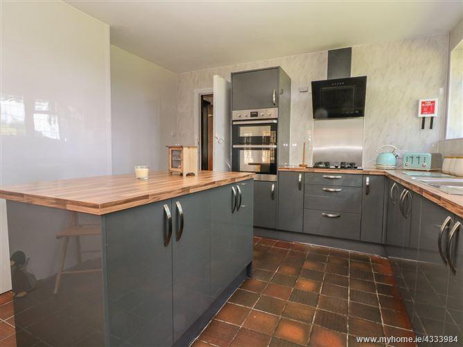 Main image for Underlea,Hale, Merseyside, United Kingdom