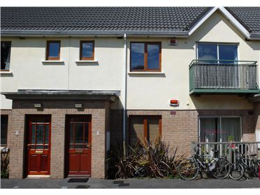 3 The Crescent, Larchill, Santry, Dublin 9