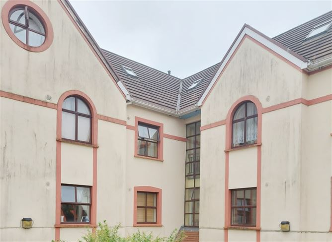 Main image for Penthouse Apartment No.2, Fortwell, Lower Main Street, Letterkenny, Donegal