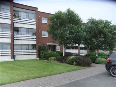 7 Mariners Court, Sutton, Dublin 13 - c. 84sq.m/904sq.ft