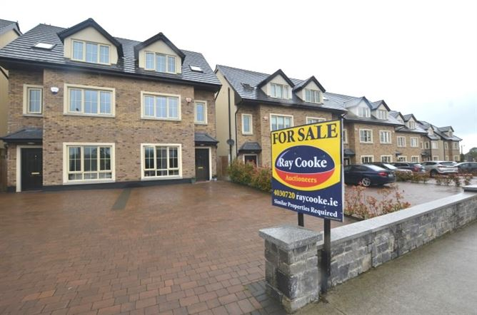 Main image for 8 Croftwell, Rathcoole, County Dublin
