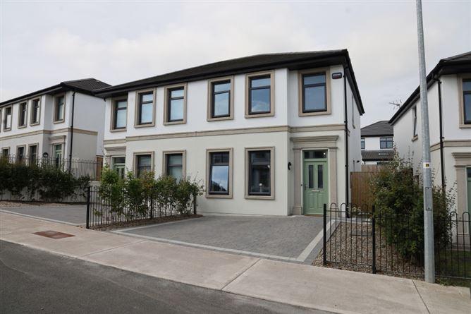 Main image for 25 Cove Walk Avenue, Kinsale Manor, Kinsale, Cork
