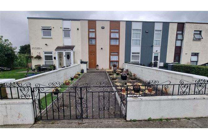Main image for 2 Tara Hill Crescent, Rathfarnham, Dublin 14