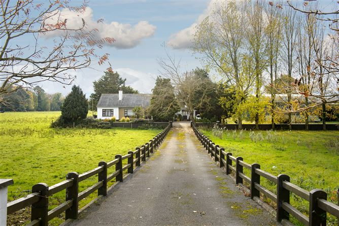 Main image for Clarahill, Clonaslee, Tullamore, Offaly
