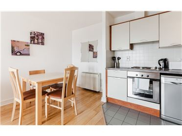Photo of Parnell Street 2 x Bedroom Holiday Letting, Dublin 1