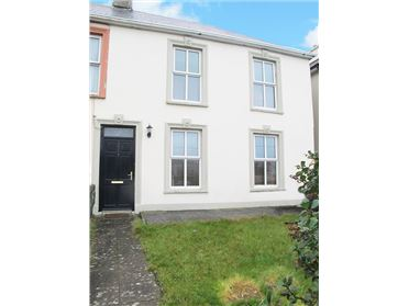 Photo of 1 Dolphin Place, Kilkee, Clare