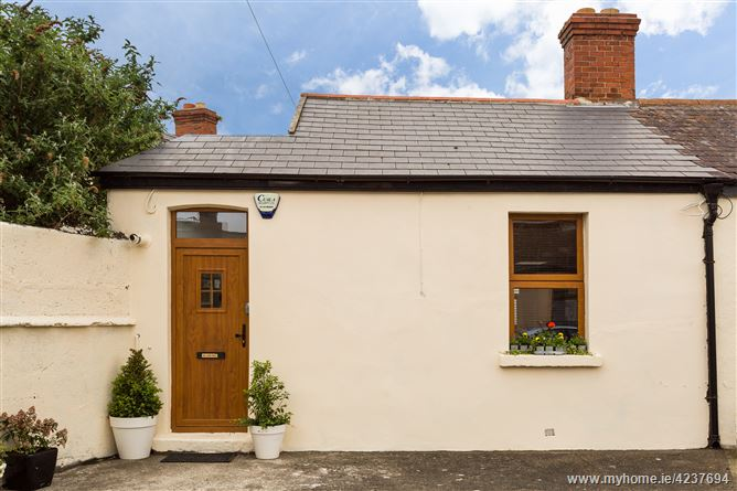 1 Pimlico Cottages , The Coombe,   Dublin 8