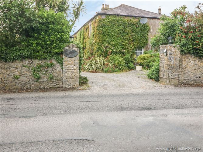 Main image for Cairbre House,Cairbre House, Old Hospital Road, Strandside North, Abbeyside, Dungarvan, Co Waterford, X35 YV90, Ireland