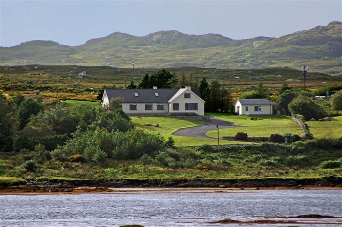 Main image for Roundstone (503), Roundstone, Galway