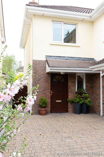 Main image for SALE AGREED - 21 An Mainistair, Lakeview, Claregalway, Galway