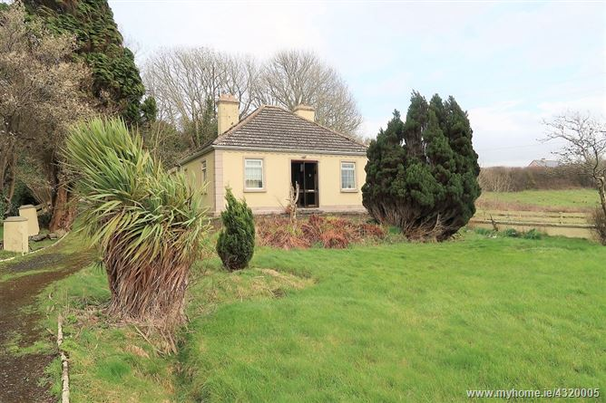 Bungalow on c. 7.27 acres Carrowkeel, Bohola, Castlebar, Mayo