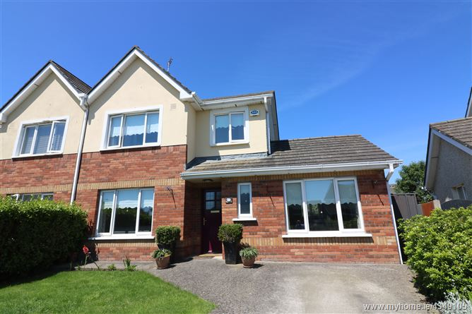 17 Castlemartin Park, Bettystown, Meath