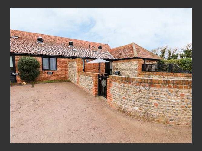 Main image for Hitchens Cottage, HAPPISBURGH, EAST ANGLIA, United Kingdom