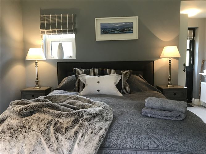 Main image for Clonakilty Luxury Studio Apartment,Barley Fields, Letter