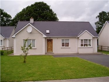 Photo of 15 Beechwood Park, Tinahely, Wicklow