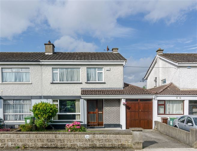 main photo for 220 Castletown, Kildare, Leixlip, Co. Kildare