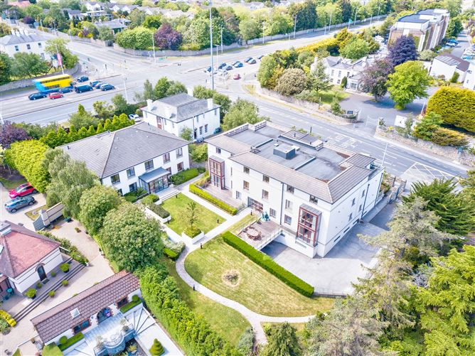 Main image for Apartment 15, Newpark, Newtownpark Avenue, Blackrock, Co. Dublin