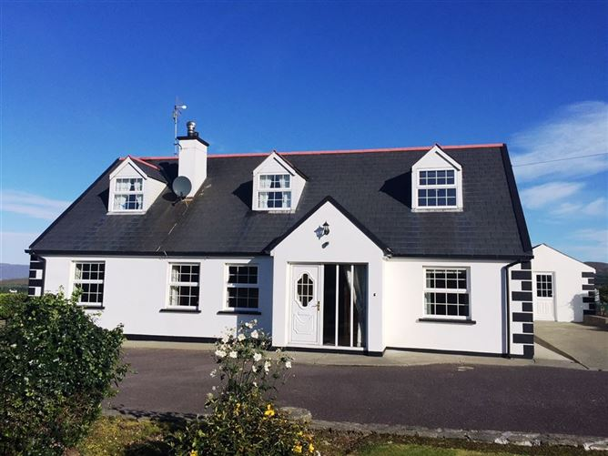 Main image for Hare's Haven (The Glen), Schull, West Cork, P81RY83