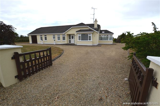 'Tara House', Coolroe, Kilmuckridge, Wexford