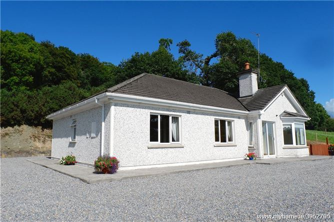 Sunnybank House, Glenribbeen, Lismore, Co. Waterford