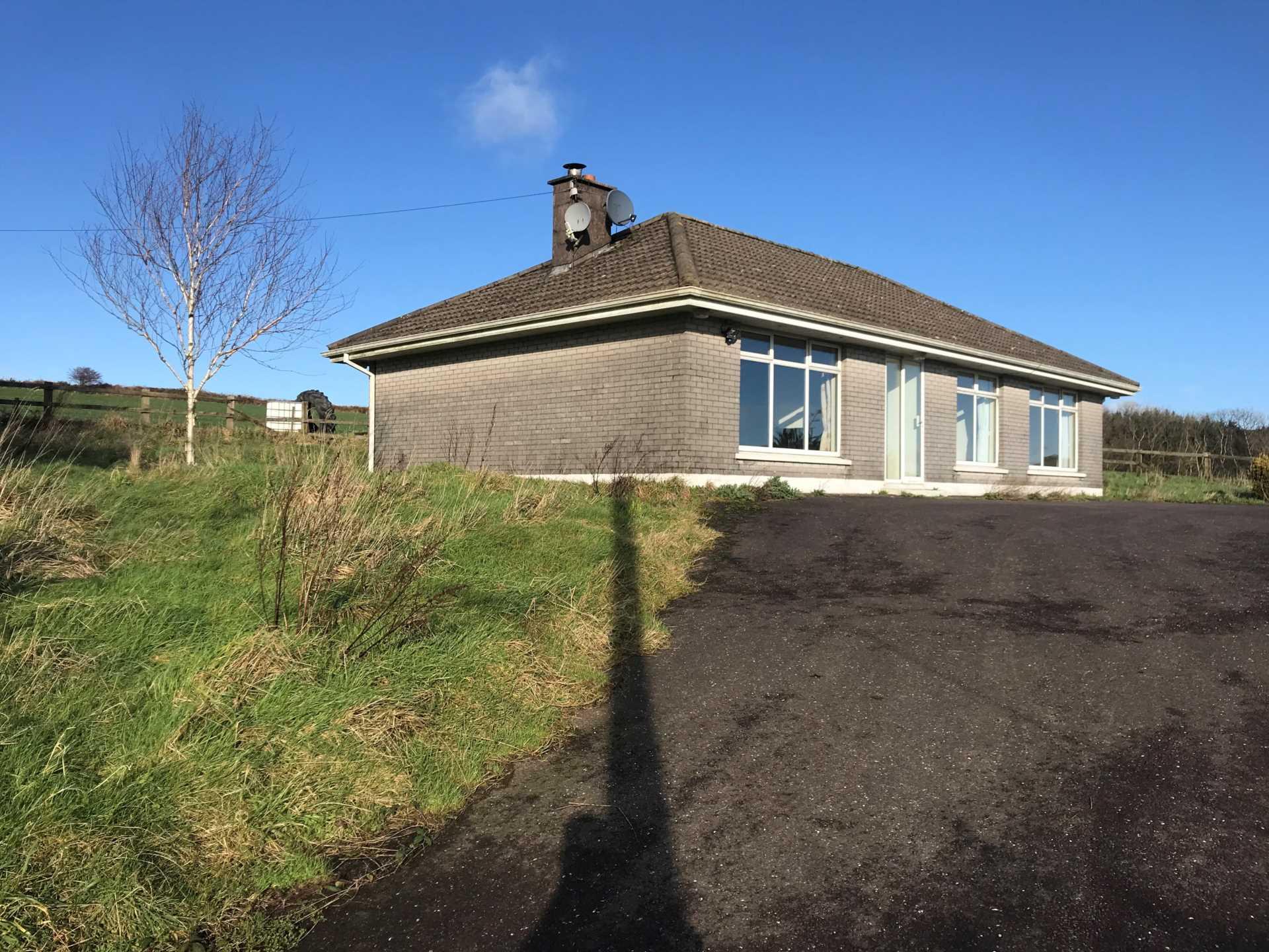 Glenview, Minane Bridge, Granig, Carrigaline, Co. Cork