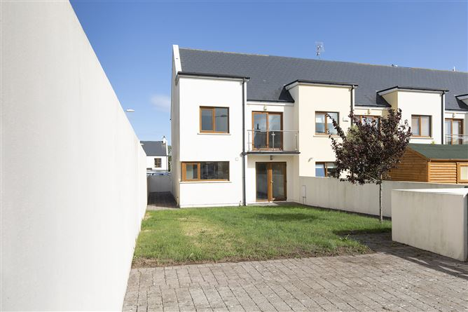 Main image for 40 Rooskagh Valley, Shanagarry, Cork