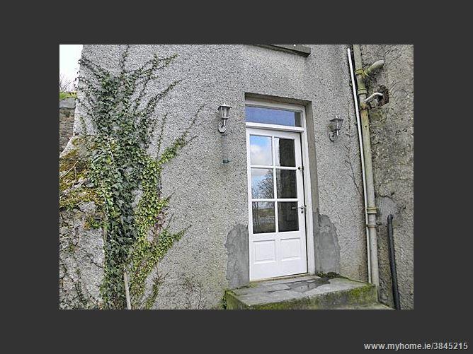 Courtyard Apartment, Thomastown, Co. Kilkenny