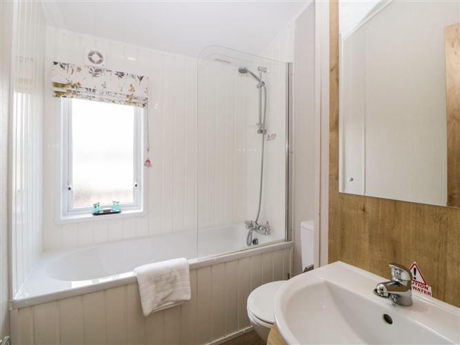 Main image for Lodge 69 at Riviera Bay,Brixham, Devon, United Kingdom