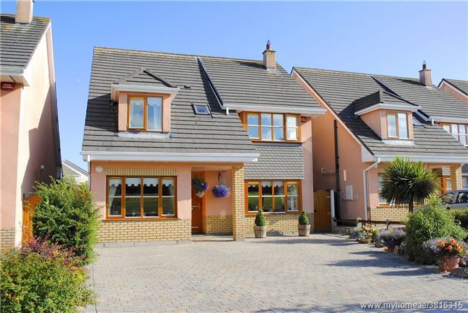 51 Pairc na MBlath, Ballinroad, Dungarvan, Co Waterford