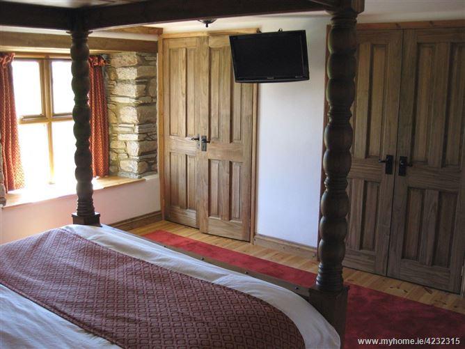 Main image for Haye Barton Farm,St Ive, Cornwall, United Kingdom