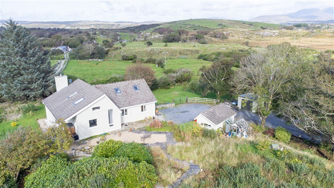 Main image for Robin Hill, Ardagh, Clifden, Galway