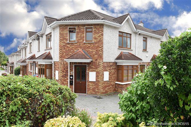 Main image for 3 Orchard Court, Herons Wood, Carrigaline, Cork