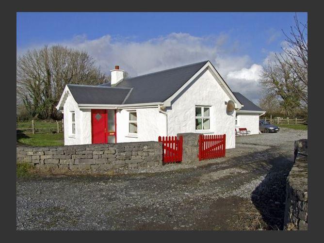 Main image for Delia's Cottage, BALLINROBE, COUNTY MAYO, Rep. of Ireland