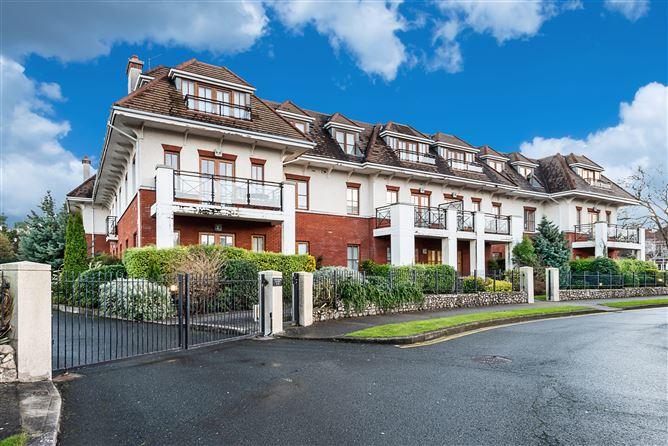 Main image for 19 Cairnbrook Manor, Carrickmines, Dublin 18