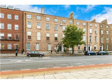 Main image of Apt.15, 18/21 Lower Mount Street, Merrion Square,   Dublin 2