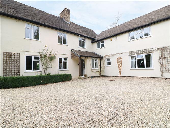 Main image for Rigside House, MORETON-IN-MARSH, United Kingdom