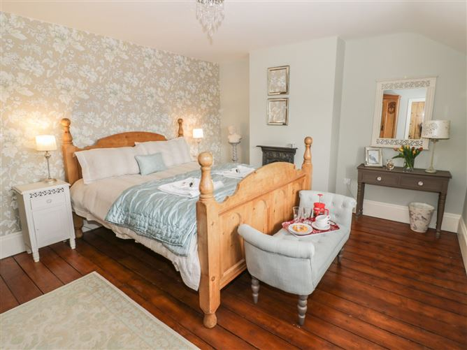 Main image for Puffitts Cottage,Bourton-on-the-Water, Gloucestershire, United Kingdom