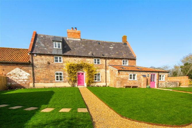 Main image for Manor Farm,Hevingham,Norfolk,United Kingdom