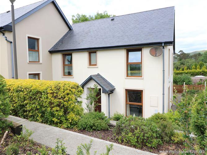 Main image for 23 Mountain View,23 Mountain View, Glengarriff, Co Cork, P75NW98, Ireland