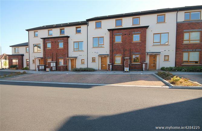25 Dalriada Court , Knocklyon, Dublin 16