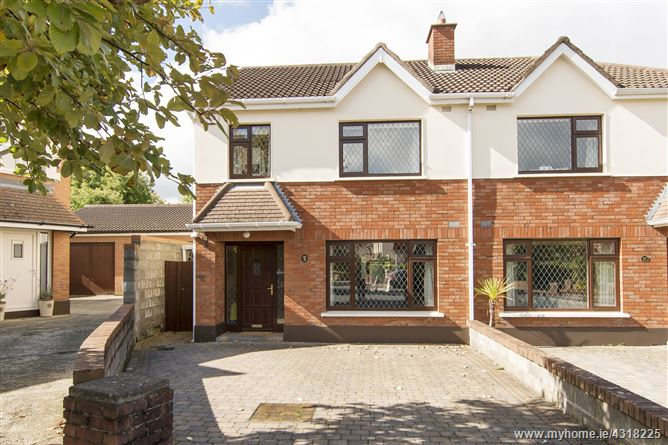 32 College Park Way, Dundrum, Dublin 14