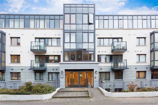 Photo of 40 Parkgate Place, Parkgate Street, South City Centre, Dublin 8
