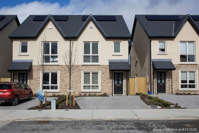 Eastham Rise, Eastham Square, Bettystown, Meath