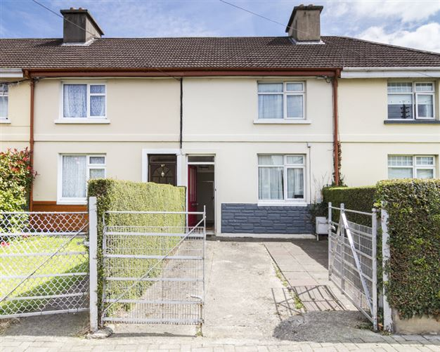 Main image for 28 Wolfe Tone Square West, Bray, Wicklow