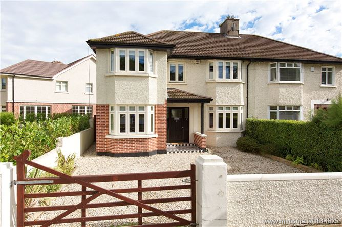 4 Seafield Crescent, Booterstown, Co. Dublin