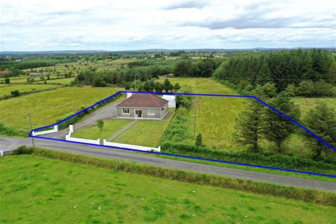 Main image for Breanamore, Loughlynn, Co. Roscommon, Loughglynn