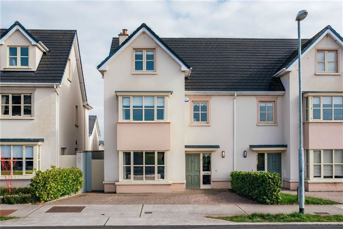 Main image for 15 The Drive, Pipers Hill, Naas, Co Kildare