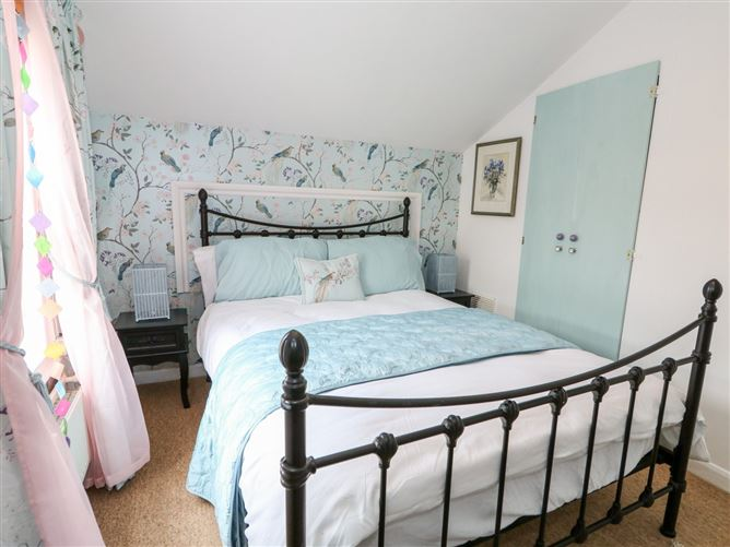 Main image for Hideaway Cottage,Hunstanton, Norfolk, United Kingdom